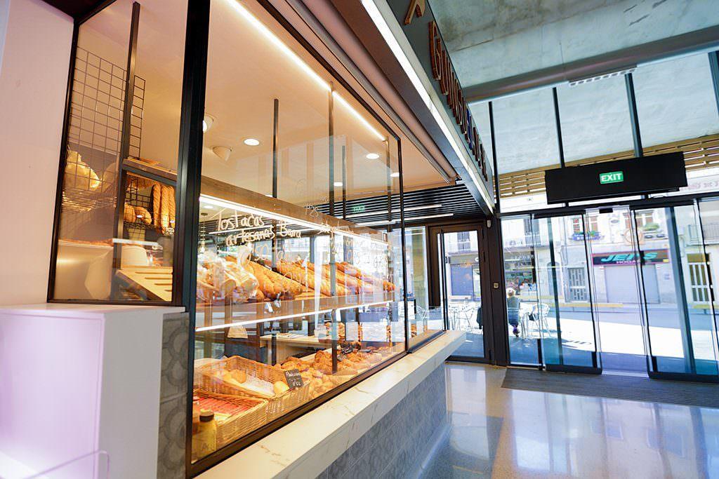 nou3-restauracio-forn-degustacio-mercat-st-adria-2
